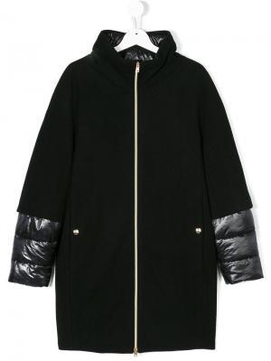 Многослойное стеганое пальто с капюшоном Herno Kids. Цвет: черный