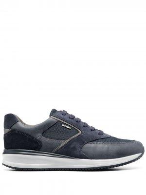 Кроссовки со вставками Geox. Цвет: синий