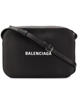 Сумка Everyday Camera S Balenciaga. Цвет: черный