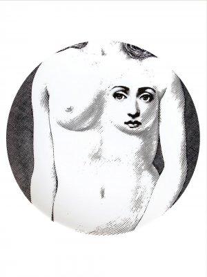 Тарелка с принтом Fornasetti. Цвет: черный