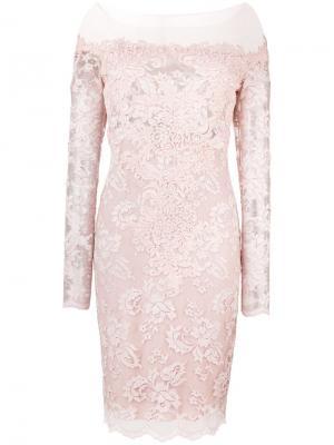 Приталенное кружевное платье Olvi´S. Цвет: розовый