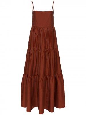 Ярусное платье макси с квадратным вырезом Matteau. Цвет: коричневый