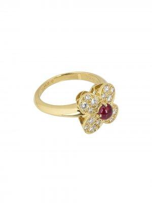 Золотое кольцо Alhambra с бриллиантами Van Cleef & Arpels. Цвет: red