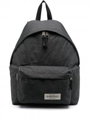 Рюкзак Padded Pakr с нашивкой-логотипом Eastpak. Цвет: серый