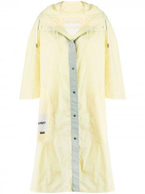 Непромокаемая куртка с капюшоном Yves Salomon Army. Цвет: желтый