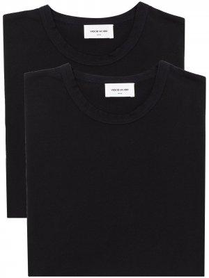 Комплект Allen из двух футболок Wood. Цвет: черный