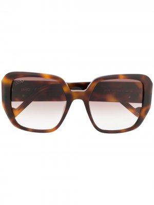 Солнцезащитные очки в оправе черепаховой расцветки LIU JO. Цвет: коричневый