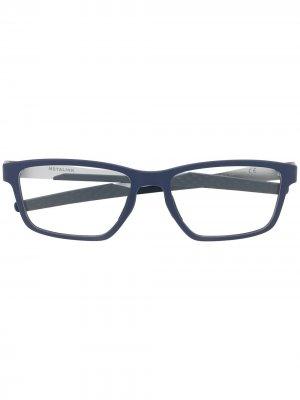Очки в квадратной оправе Oakley. Цвет: синий