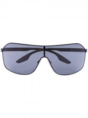 Солнцезащитные очки-авиаторы в спортивном стиле Prada Eyewear. Цвет: серый