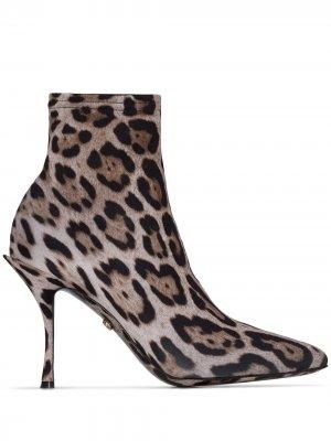 Ботильоны-носки с леопардовым принтом Dolce & Gabbana. Цвет: коричневый
