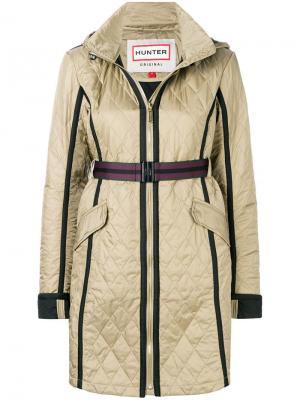 Стеганое пальто с капюшоном Hunter. Цвет: зеленый