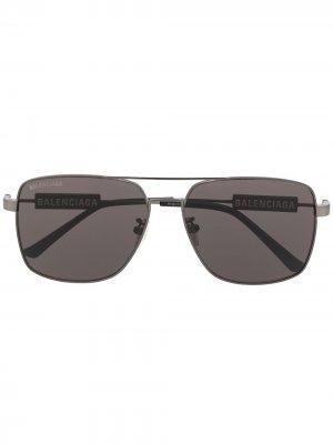 Солнцезащитные очки в квадратной оправе с логотипом Balenciaga Eyewear. Цвет: черный