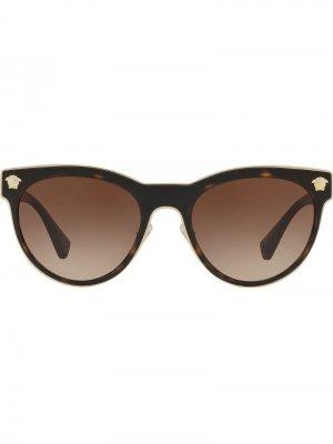 Солнцезащитные очки Phantos в круглой оправе Versace Eyewear. Цвет: коричневый