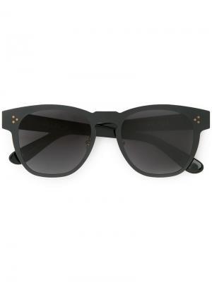 Солнцезащитные очки в матовой оправе Wildfox. Цвет: черный