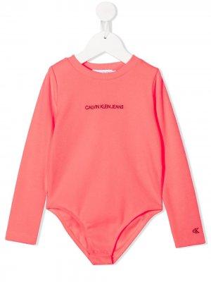 Боди в рубчик с длинными рукавами Calvin Klein Kids. Цвет: розовый