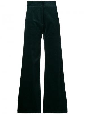 Вельветовые расклешенные брюки Vanessa Bruno. Цвет: зеленый
