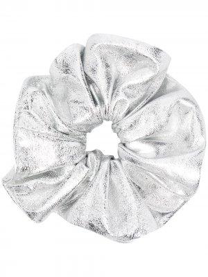 Резинка для волос с эффектом металлик Manokhi. Цвет: серебристый