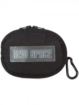 Space visor cумка Off-White. Цвет: черный