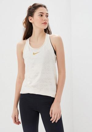 Майка спортивная Nike. Цвет: бежевый