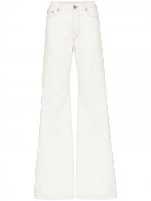 Расклешенные джинсы средней посадки Matthew Adams Dolan. Цвет: белый