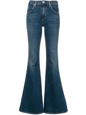 Расклешенные джинсы кроя слим Citizens of Humanity. Цвет: синий