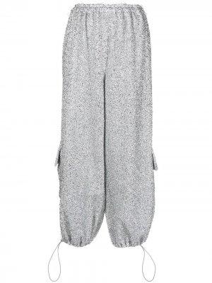 Укороченные брюки карго Atu Body Couture. Цвет: серебристый