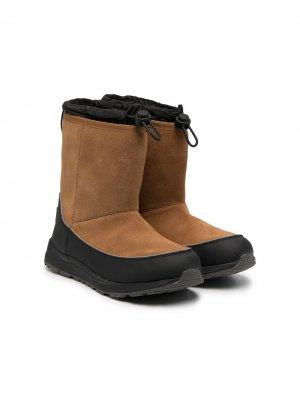 Непромокаемые сапоги Kirkby UGG Kids. Цвет: коричневый