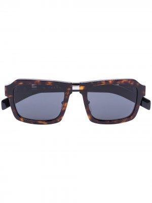 Солнцезащитные очки Havana черепаховой расцветки Prada Eyewear. Цвет: черный