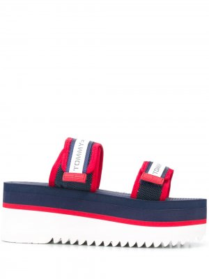Сандалии на платформе Tommy Jeans. Цвет: синий