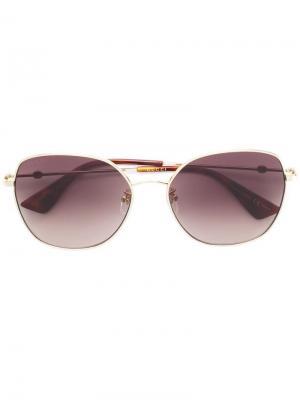 Большие солнцезащитные очки Gucci Eyewear. Цвет: коричневый