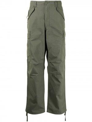 Брюки прямого кроя с карманами карго izzue. Цвет: зеленый