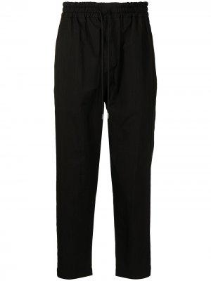 Зауженные спортивные брюки Isabel Benenato. Цвет: черный