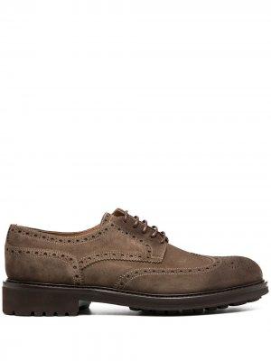 Doucals броги на шнуровке с перфорацией Doucal's. Цвет: коричневый