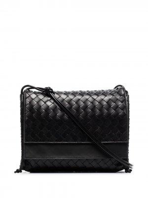 Сумка на плечо среднего размера с плетением Intrecciato Bottega Veneta. Цвет: черный