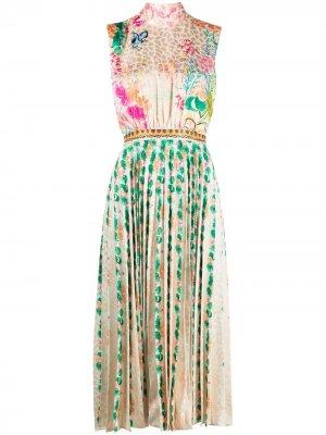Плиссированное платье с цветочным принтом Saloni. Цвет: нейтральные цвета