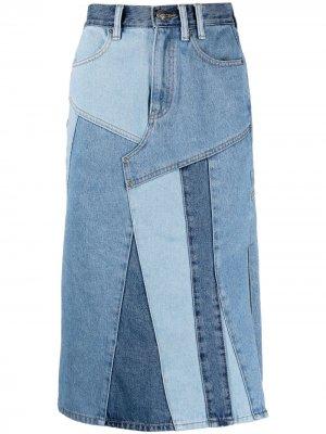 Джинсовая юбка со вставками в технике пэчворк Andersson Bell. Цвет: синий