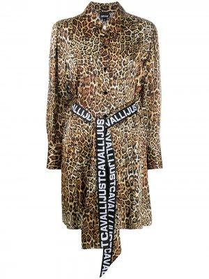 Платье-рубашка с леопардовым принтом Just Cavalli. Цвет: нейтральные цвета
