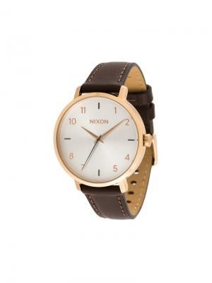 Часы Arrow Leather Nixon. Цвет: коричневый