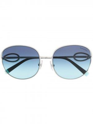 Солнцезащитные очки в массивной оправе Tiffany & Co Eyewear. Цвет: синий