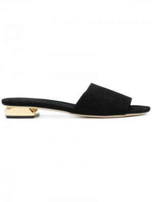 Мюли на металлическом каблуке Anna F.. Цвет: черный