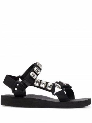 Декорированные сандалии Trekky Arizona Love. Цвет: черный
