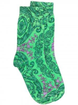 Носки с принтом Versace. Цвет: зеленый