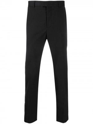 Строгие брюки прямого кроя Les Hommes. Цвет: черный