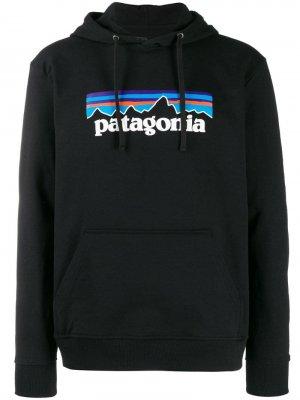 Худи P-6 Uprisal Patagonia. Цвет: черный