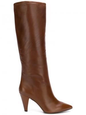 Сапоги с заостренным носком The Seller. Цвет: коричневый