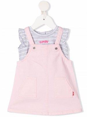 Levis Kids комплект из комбинезона и футболки Levi's. Цвет: розовый