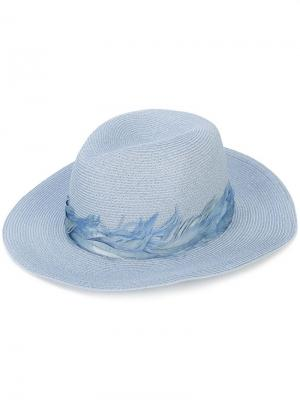 Шляпа с декором из перьев Courtney Eugenia Kim. Цвет: синий