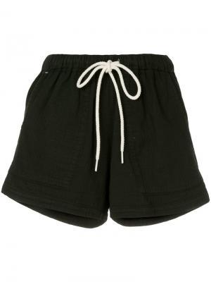 Пляжные шорты в елочку с выцветшим эффектом Bassike. Цвет: черный