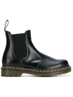 Ботинки с эластичными боковыми вставками Dr. Martens. Цвет: черный