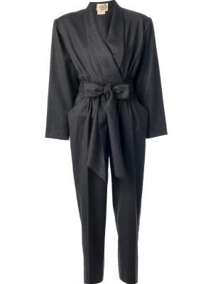 Комбинезон с поясом Hermès Vintage. Цвет: серый
